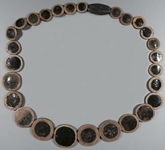 67: necklace-eyestones-2 descaled