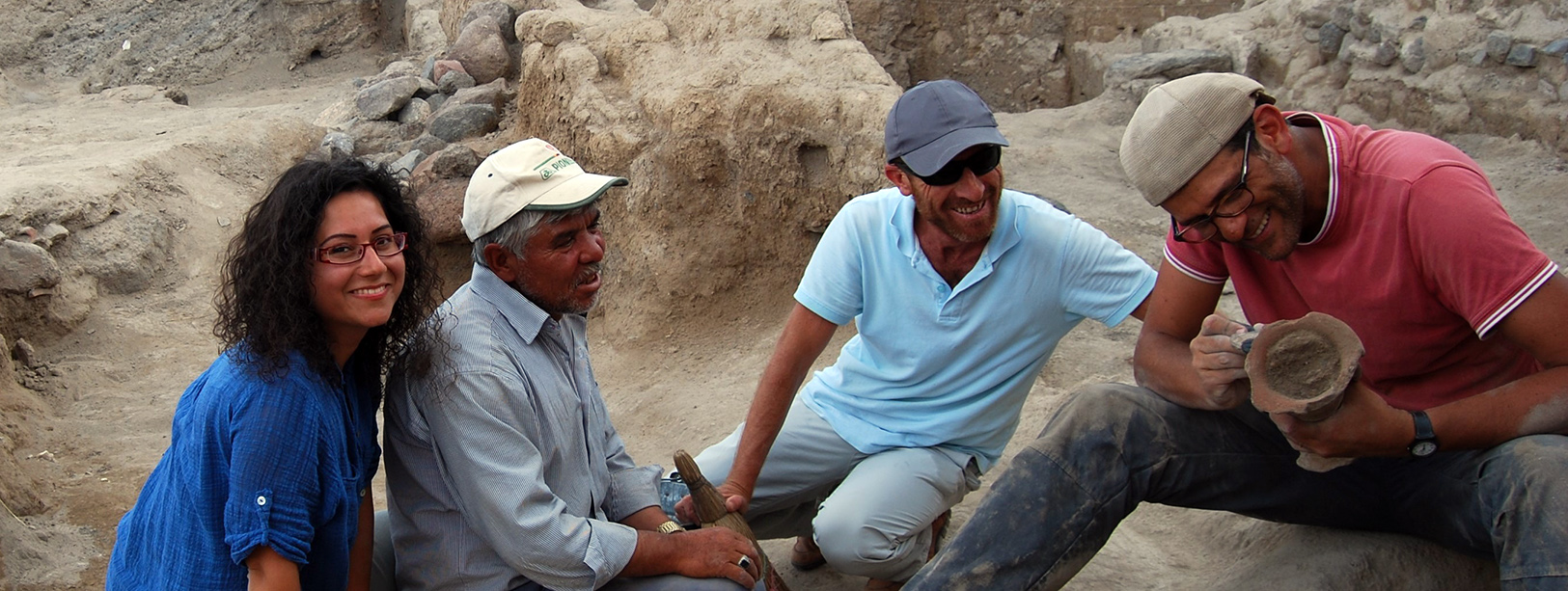 D'Alfonso excavation team July 2015