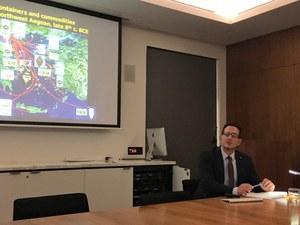 Professor Antonis Kotsonas, leading a seminar as part of his Australian lecture tour.