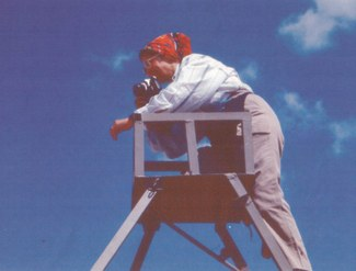 Karen Rubinson photographing the site of Ayanis, Turkey (1991). Photo credit - Stephan Kroll.