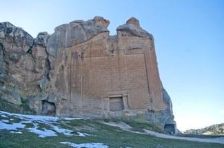 The Midas Monument of Phrygian Yazılıkaya, Turkey (Wikimedia Commons: https://commons.wikimedia.org/wiki/File:Midas_Monument,_Yazılıkaya.jpg)