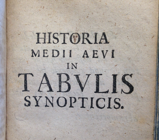 An image of a title page in a book. The Latin title appears in large, centered serif capitals: HISTORIA MEDII AEVI IN TABVLIS SYNOPTICIS.